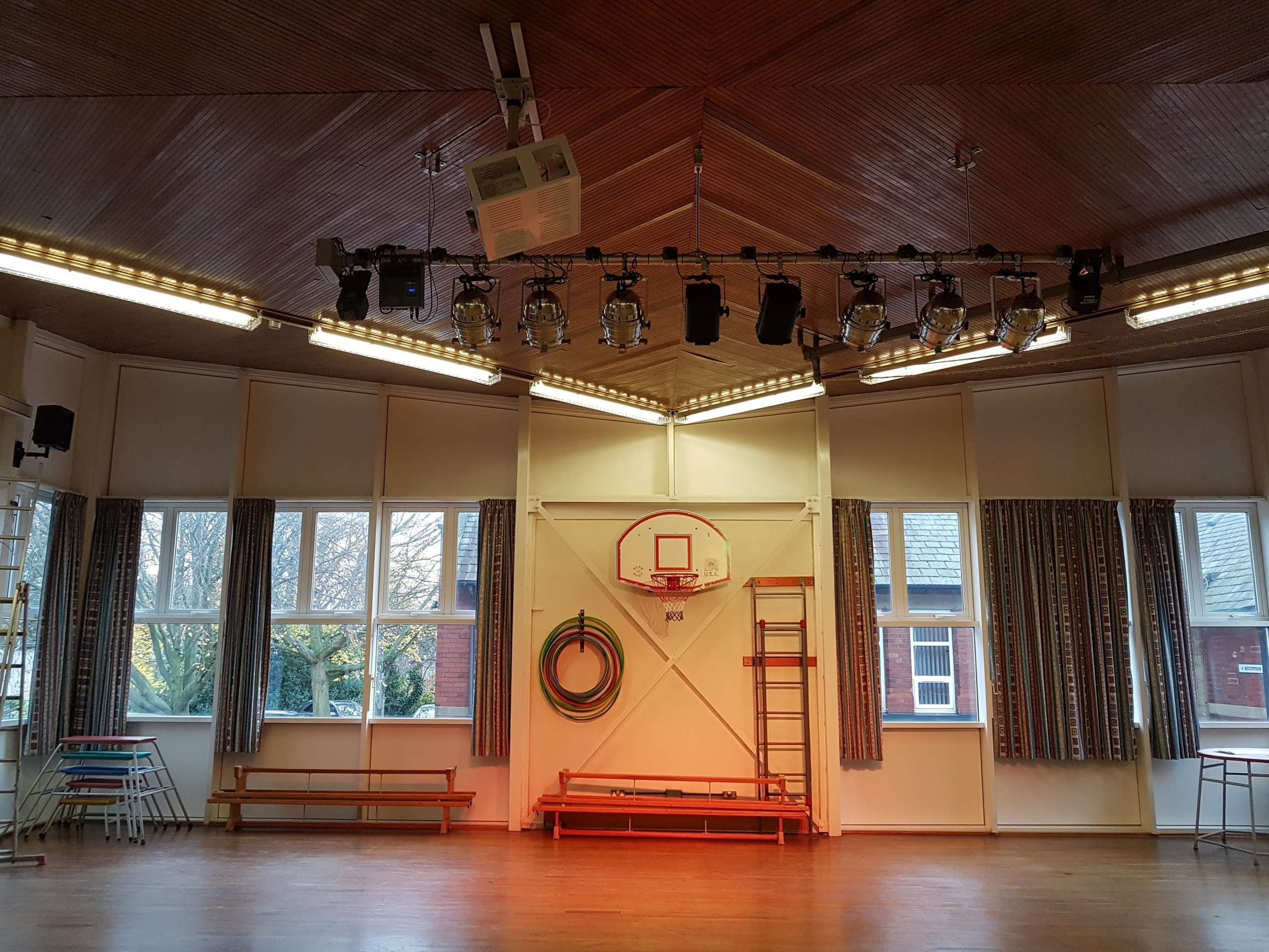stage lighting installation
